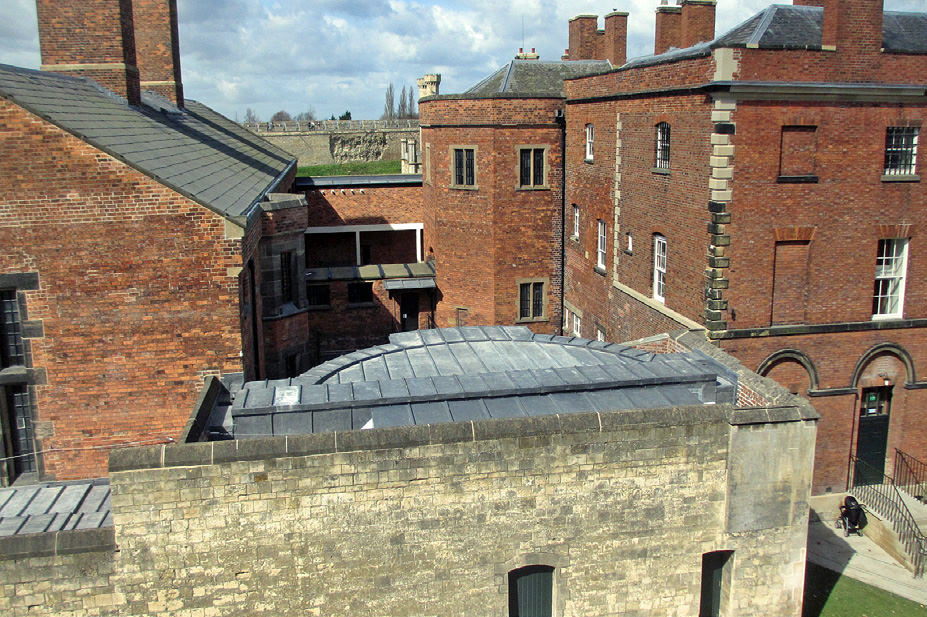882-01 Lincoln Castle Revealed Prison & MCddss