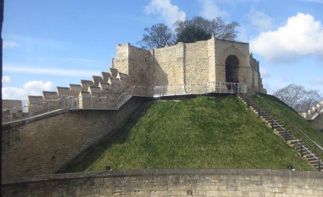 882-01 Lincoln Castle Walls14