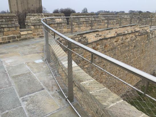 882-01 Lincoln Castle Walls2